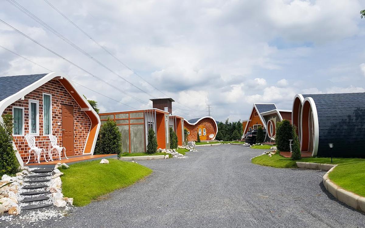บ้านสำเร็จรูป-รีสอร์ท